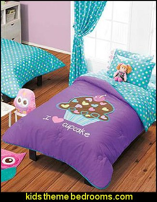 Circus theme bedroom ideas circus big top bedroom decor for Candyland bedroom ideas